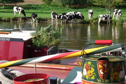 Image credit: Canal Voyagers Hotel Boats
