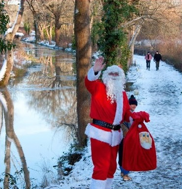 Santa on the Wey and Arun canal